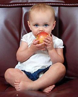 Apple 004