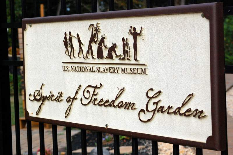 Freedom garden 002