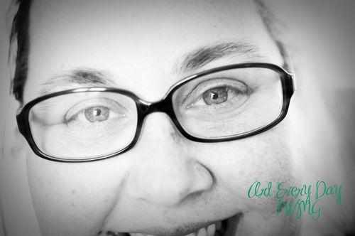 Self eyes