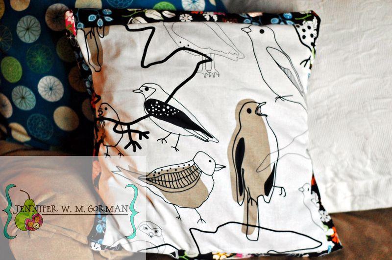 Bird envelope pillow